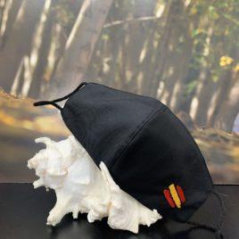 Mascarilla negra de pico con bandera de España