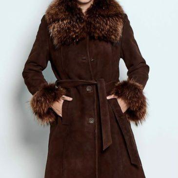 Abrigo marrón de ante y pelo natural