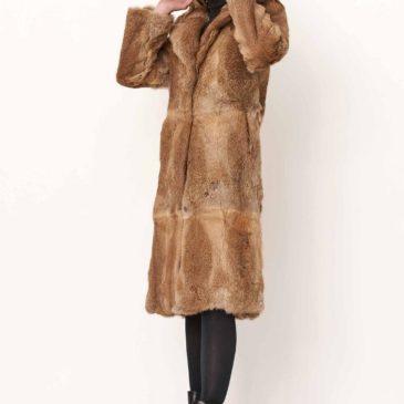 Abrigo de piel de conejo largo