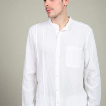 Camisa ibicenca lisa con pliegues laterales
