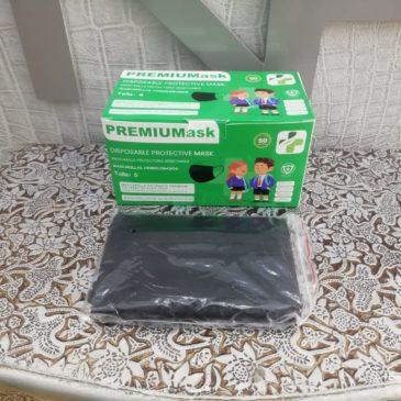 Mascarillas higiénicas desechables negras para niños 50 U